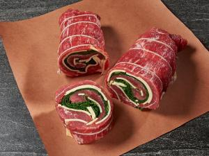 Beef Pinwheel with spinach and cheese